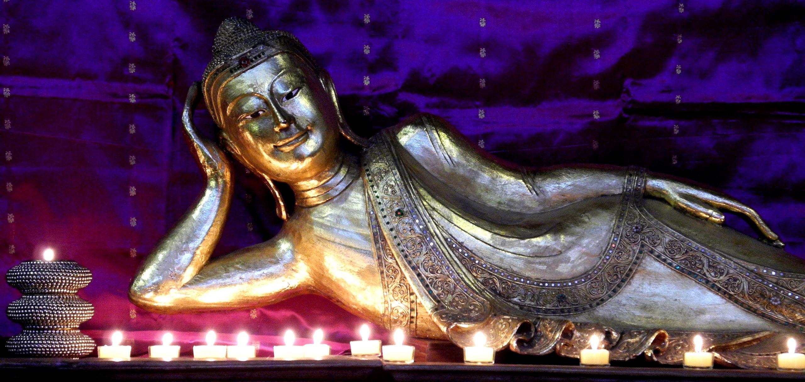 Buddha liegend 043 Kopie
